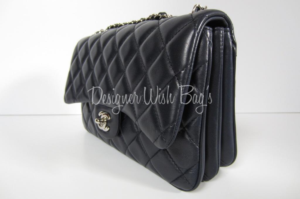 d97c5faf3641dd Chanel Classic Flap Bag Medium 3 -