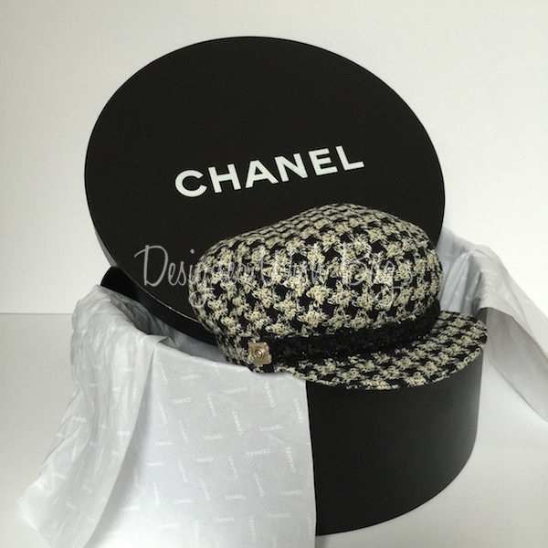 Chanel Beret in Tweed - 6d08a4db4c3