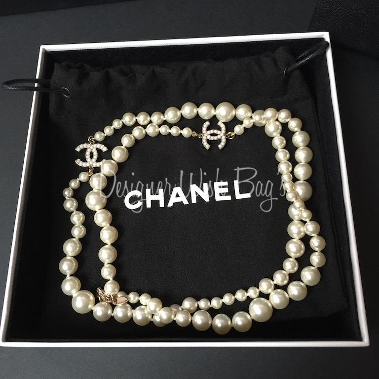 chanel pearl necklace cc. Black Bedroom Furniture Sets. Home Design Ideas