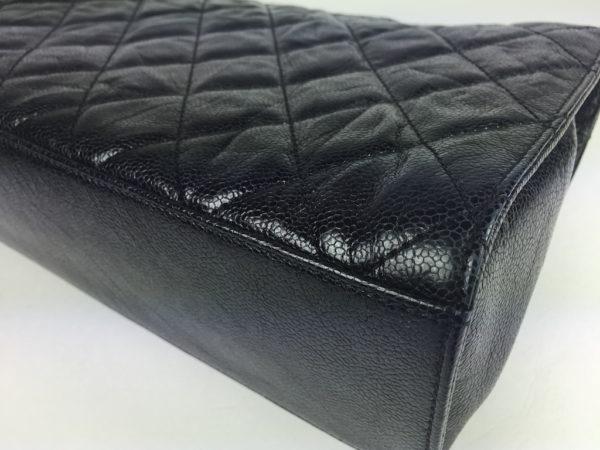 e31a0ebf86900e Chanel Single Flap Bag Caviar Jumbo Size. IMG_0366