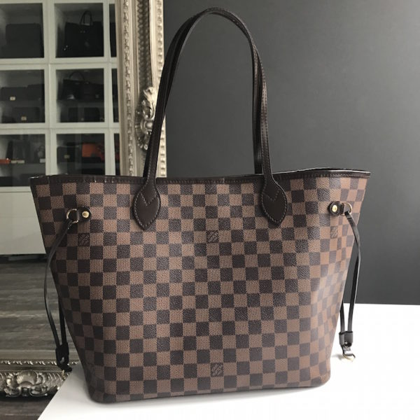 fdb54b940a44 Louis Vuitton Neverfull Mm