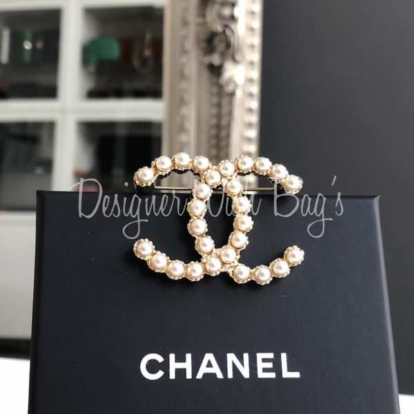 Chanel CC Pearl Brooch New
